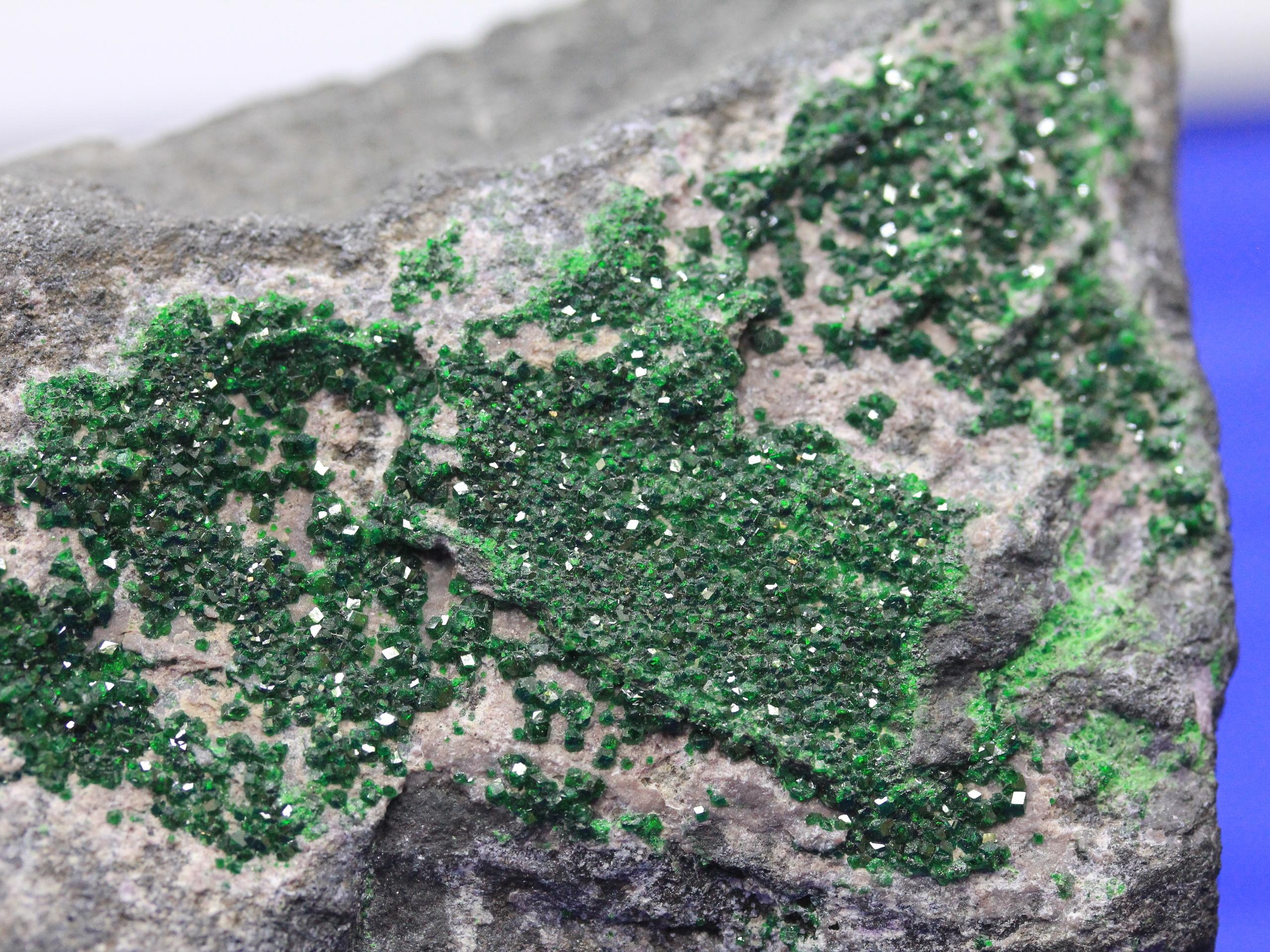 Emerald green uvarovite